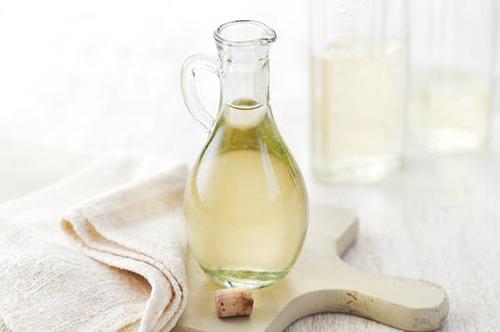 Уксус поможет сохранить продукты и очистит воздух