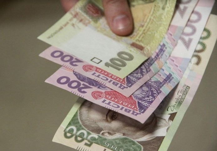 Сколько денег направлено на выплату майских пенсий?