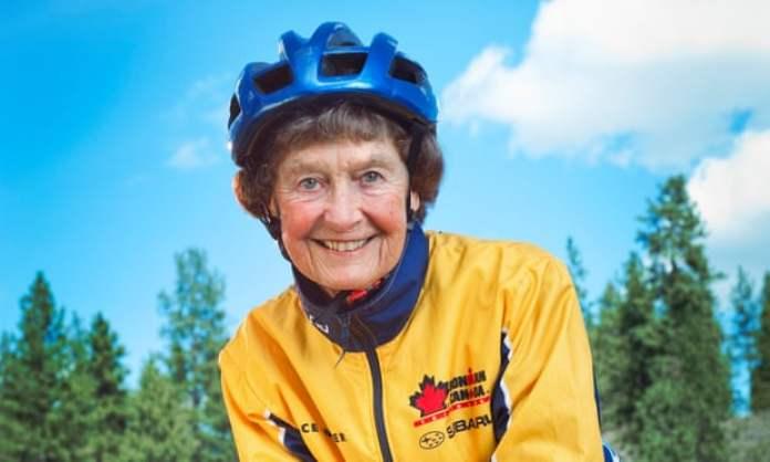 триатлонистка 90 лет