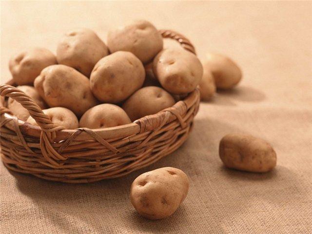 "Едим ""новую"" картошку и молодеем понемножку"