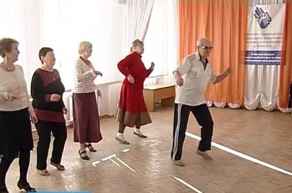 Пенсионер из Черкасс дает уроки танцев