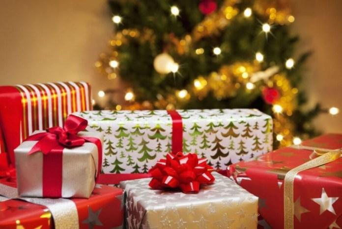 Ребенок вызвал полицию из-за рождественских подарков