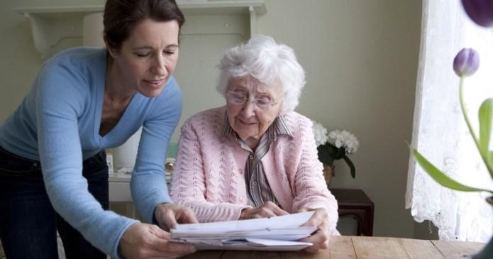 Интернаты для пожилых исчезнут: что предлагают взамен?
