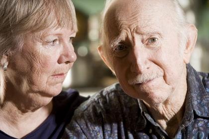 Старческая деменция: как наладить контакт с родным человеком?