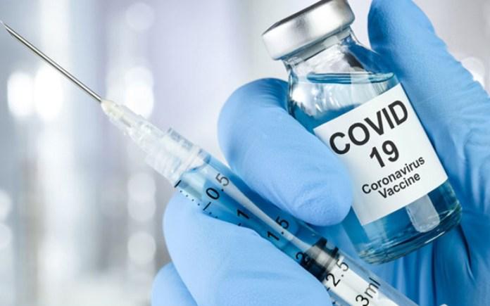 Министр здравоохранения рассказал, что делать учителям, которым нельзя вакцинироваться