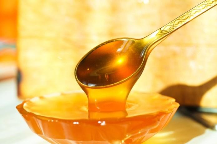 Почему мед особенно полезно есть перед сном?