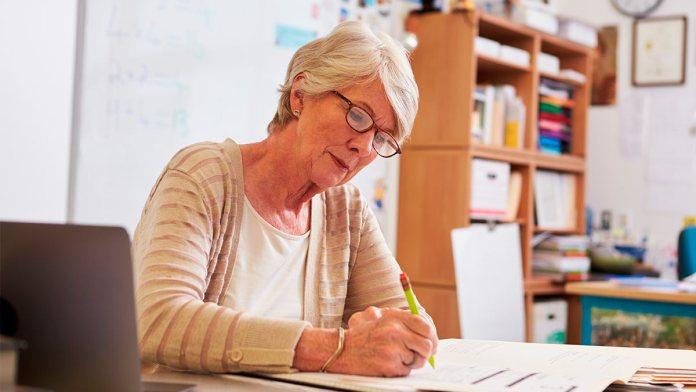 Які документи потрібні працюючим пенсіонерам для перерахунку виплат