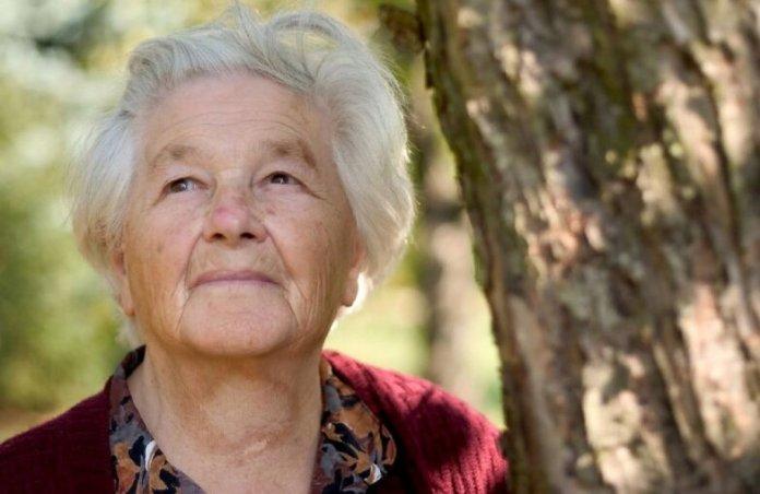 Сколько должны платить 80-летним?