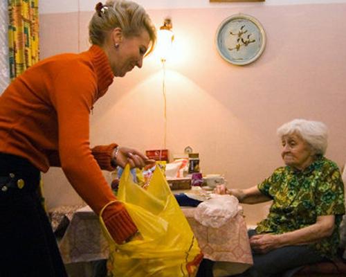 Кто поможет пенсионеру