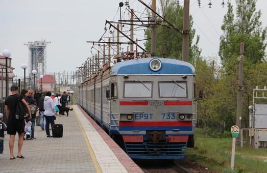 Пассажиры одесских электричек будут больше платить за проезд