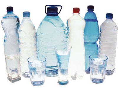 Чем опасна вода в бутылках