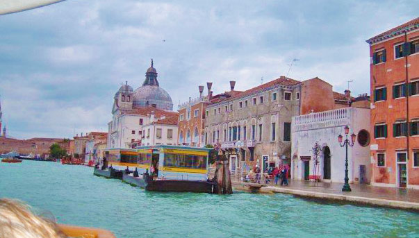 View of the Grand Canal from the Vaporetto. 2006