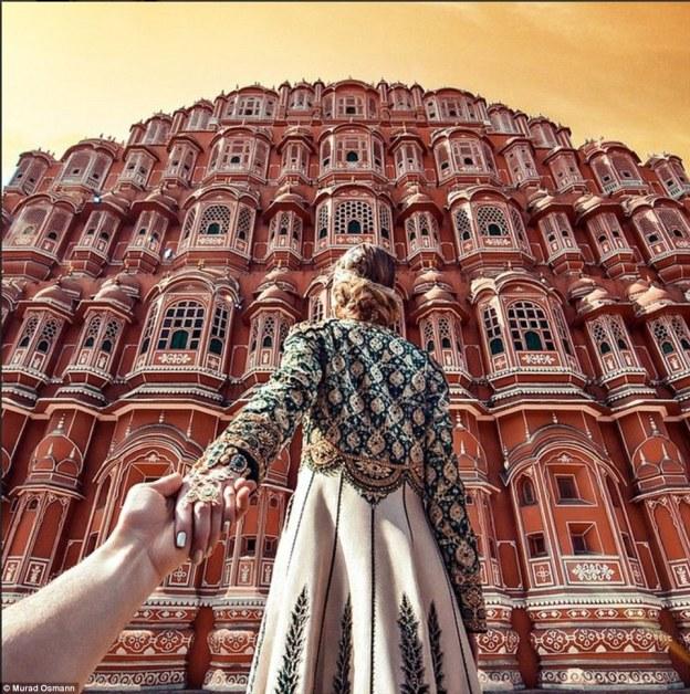 So beautiful it's almost unreal. The Hawa Mahal palace in Jaipur, India @muradOsmann