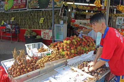 Fruit stand in Geylang