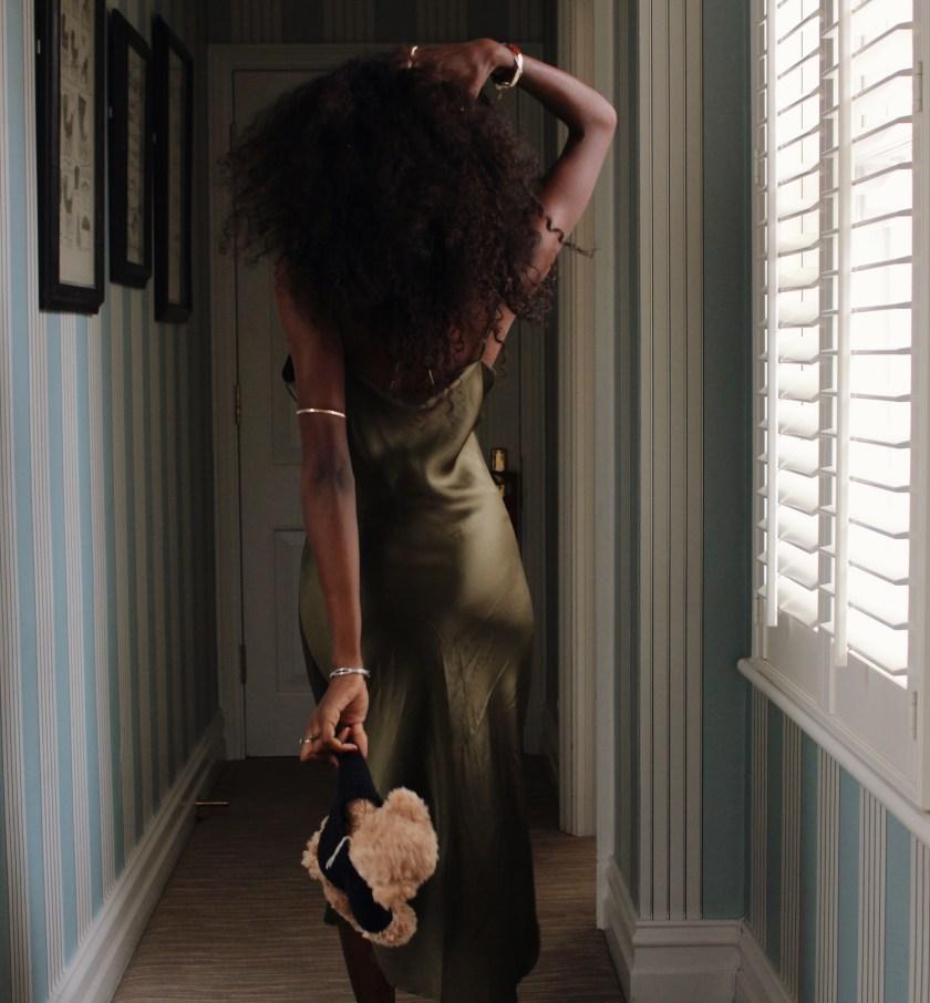 nneya-richards-draycott-hotel-back-hallway