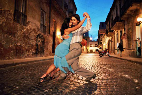 tango-in-buenos-aires-argentina_passion-and-attitude_5536