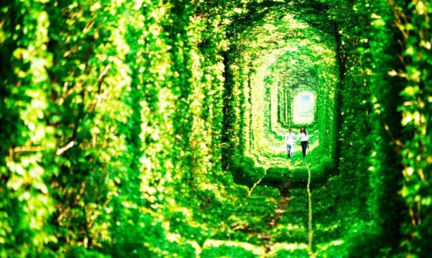 ukraine-tunnel-of-love1-1020x610