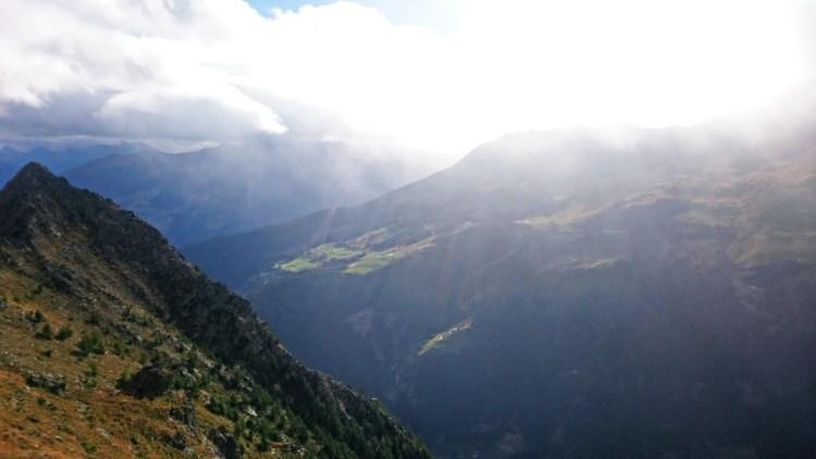Widok na dolinę. 4k. Fot. Gaweł Boguta