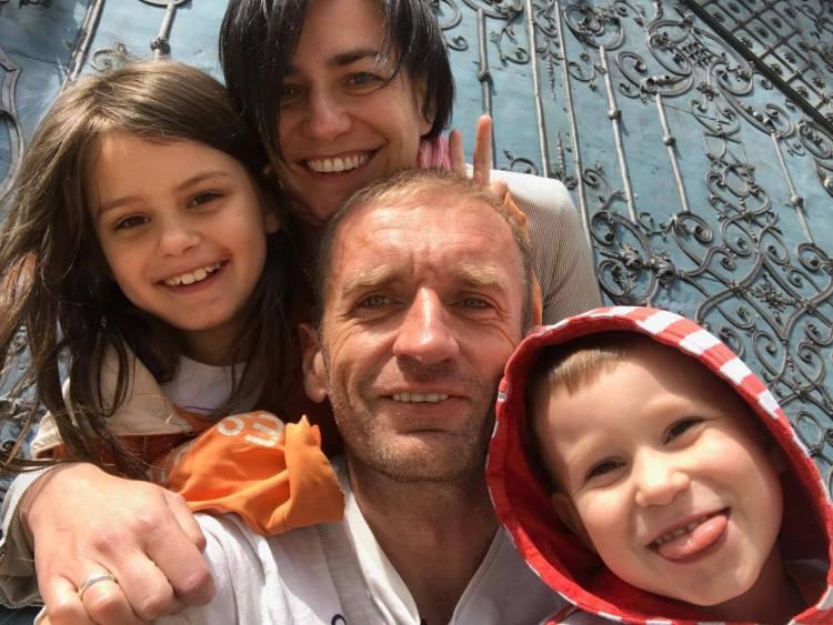 Rafał Bielawa i rodzinka