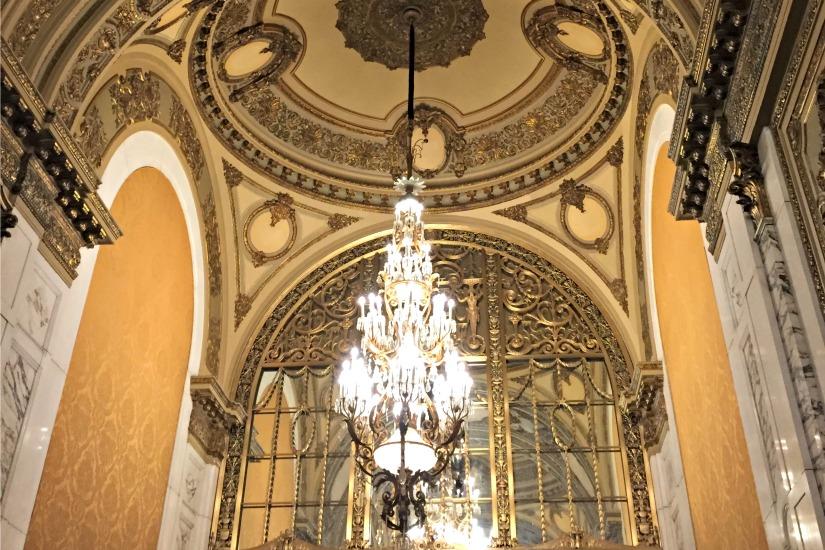 boston-opera-house-foyer