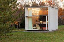 movable-pre-fab-mini-house-prototype-800x533