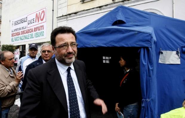 """""""No alla nuova discarica"""" Langella: sciopero della fame"""
