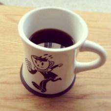 本日のコーヒー。次はカプチーノのみたいな。