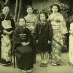 Tsuchino_and_sisters001