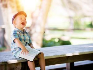 Можно ли оформить дарственную на долю в квартире на ребёнка
