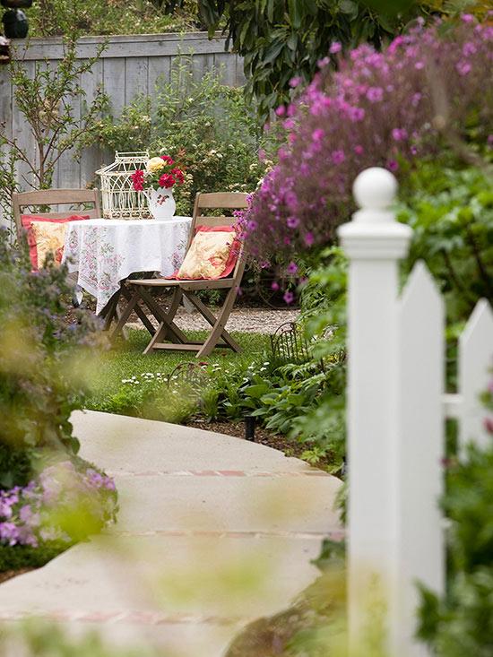 10 vijugava staza u vrtu