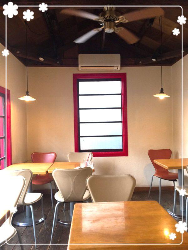 サバスカフェ2階内観2
