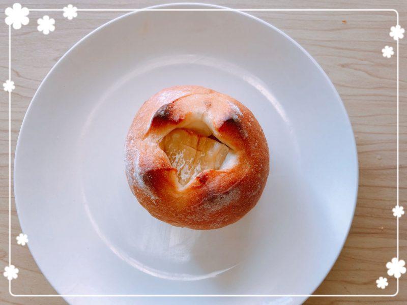ミアズブレッドカマンベールチーズ入りイチジクパン