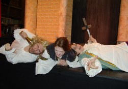 compleat-wrks-of-wllm-shkspr-abridged-2006-narberth-community-theatre-3