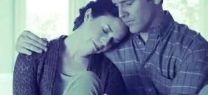 foto van man en vrouw voor zorgen voor elkaar is sexy .