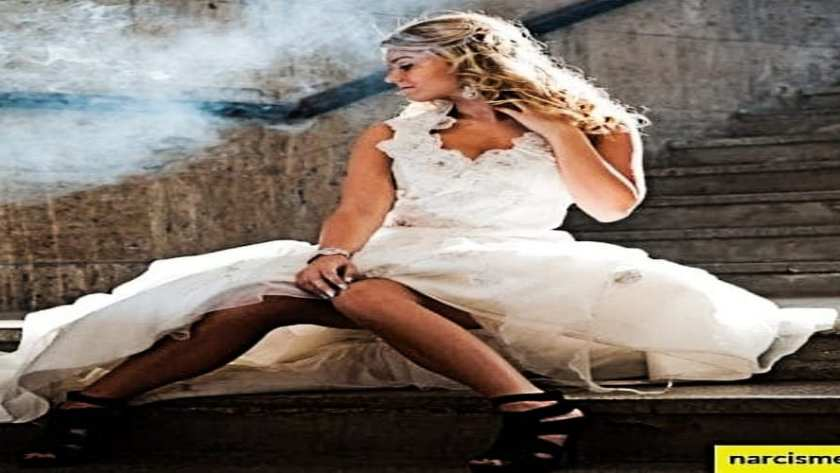 foto van vrouw in een trouwjurk