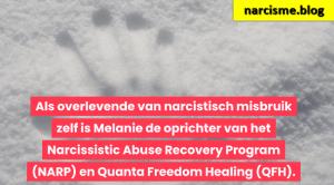 handen in de sneeuw afdruk voor narcisme.blog