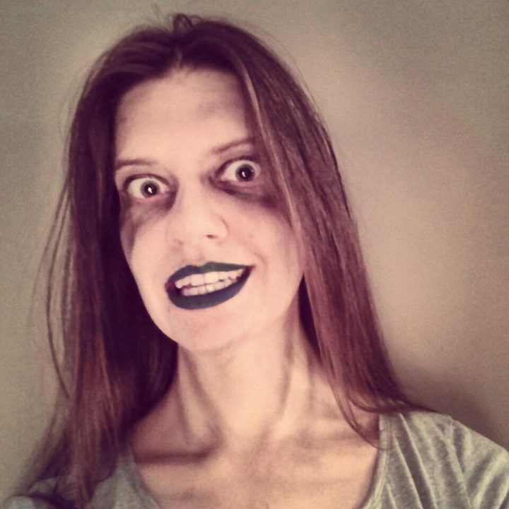 laurel green wearing spooky zombie makeup
