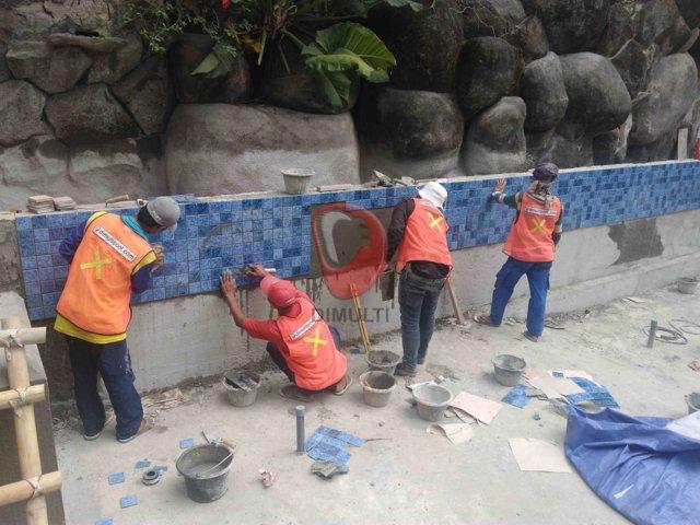 Finishing menggunakan mozaik