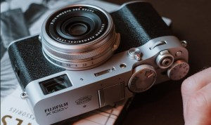 New Fujifilm X100V; Significant Upgrade of X100F with more Robust Form Factor