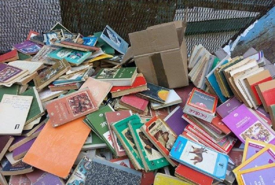 Селу Јовац потребна библиотека – помозимо им!