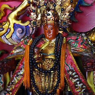 台湾で神として祀られる日本人 観音様の元で魂の修行をした母子