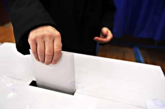 CIK: Brojanje glasova sa 1472 biračka mesta može početi 1