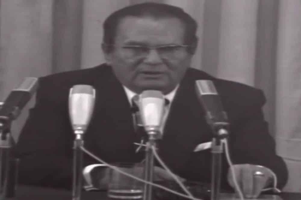 ŽELE DA SLOME JUGOSLAVIJU PREKO KOSOVA! TITOV ISTORIJSKI GOVOR 1975: Evo kako je planirao da reši taj problem (VIDEO) 1