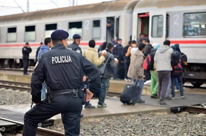 UZBUNA! Cela Nemačka i Evropa NA NOGAMA! Lekarka iz Češke otkrila STRAVIČNU ISTINU o migrantima! 1