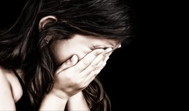 MONSTRUOZNO: Uhapšen otac pod sumnjom da je silovao ćerke 1