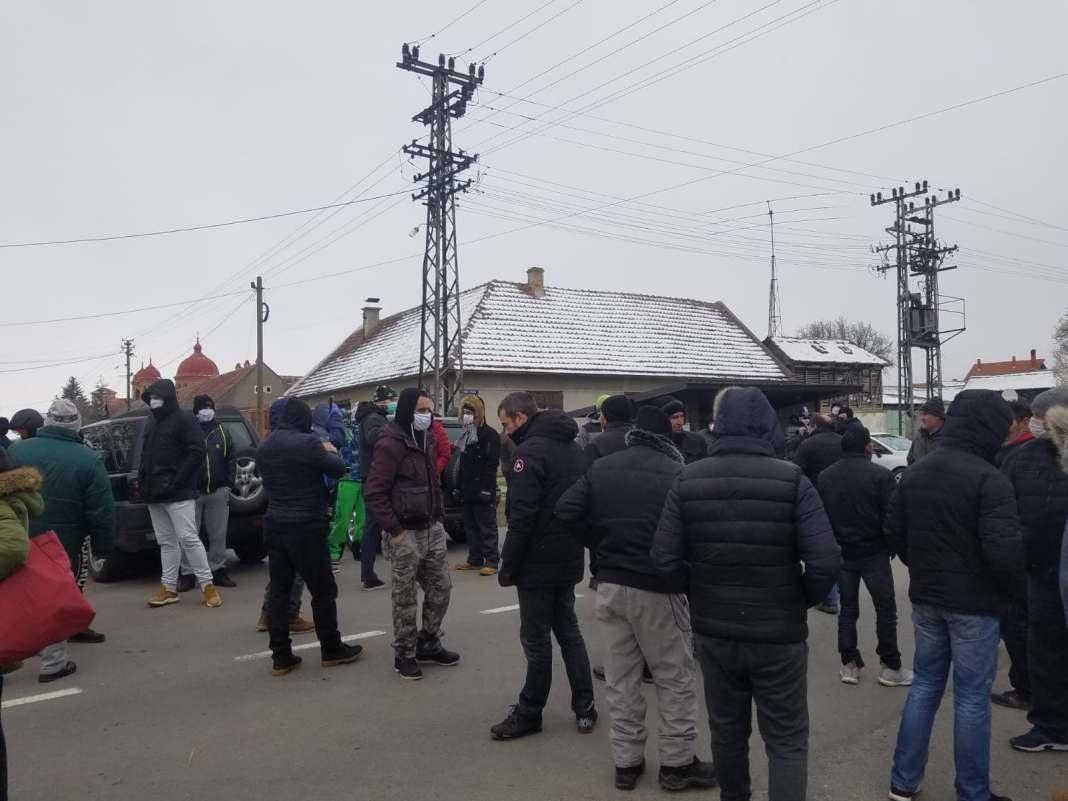 """""""KORISTE VANREDNU SITUACIJU"""": Naseljavaju migrante u Banat (VIDEO) 2"""