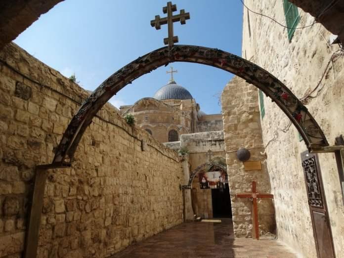 DOGAĐAJI KOJI SLEDE PRVI PUT U ISTORIJI ČOVEČANSTVA: Jerusalim grad bez ljudi 1