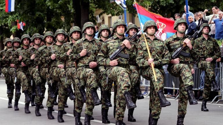 DOSTA VIŠE MLAĆENJA PRAZNE SLAME SA SPECIJALCIMA: Srbiji treba VOJSKA, korpusi, brigade, raketna artiljerija… (VIDEO) 1