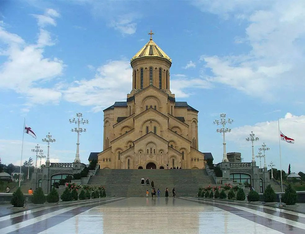 GRUZIJA I BUGARSKA ODLUČILE: Svi hramovi pravoslavne crkve biće otvoreni 1