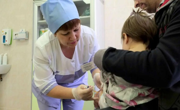 ALEKSANDAR POLETAEV RUSKI IMUNOLOG br.1: Bolje bolest nego vakcina 2